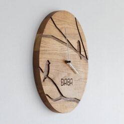 koka pulkstenis ar putniem