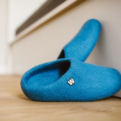 woolen slippers blue