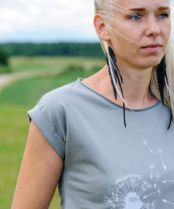 T-krekls ar pienenēm