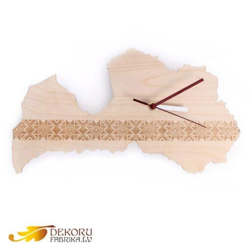 pulkstenis latvija